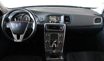 Volvo V60 2.0 D3 Momentum full